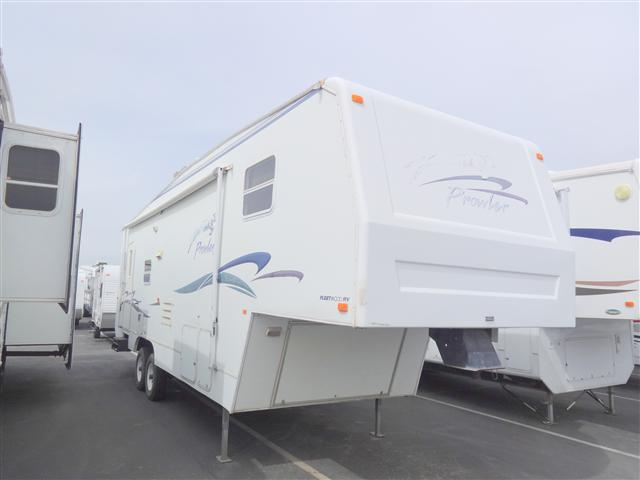 Used 2000 Fleetwood Prowler 30-5G Fifth Wheel For Sale