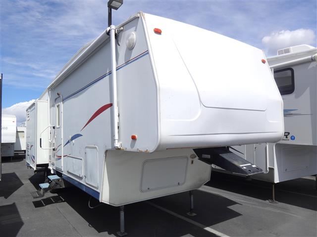Used 2004 Americamp RV Americamp 32 Fifth Wheel For Sale