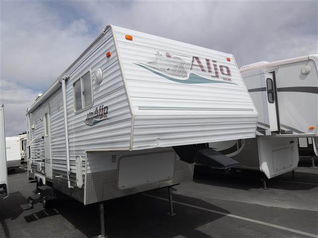 Used 2006 Skyline Aljo 24 Fifth Wheel For Sale