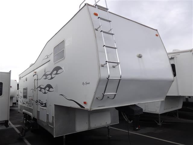 Used 2006 SPIRIT Predator 34 Fifth Wheel Toyhauler For Sale