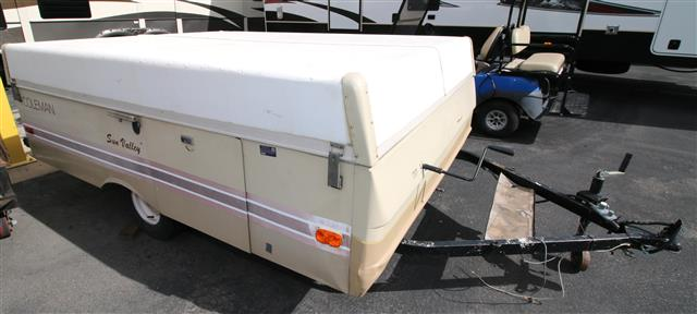 Used 1982 Coleman Sun Valley SUNVALLEY Pop Up For Sale
