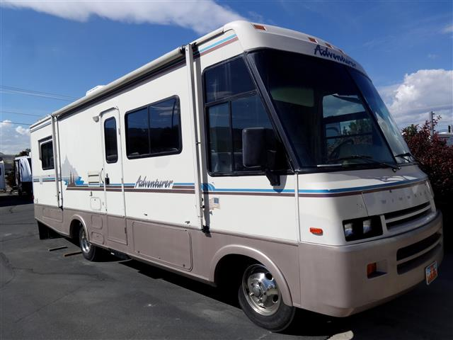 1994 Winnebago Adventurer