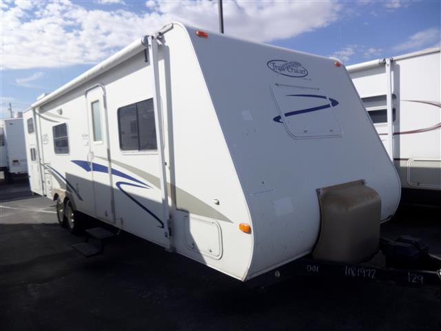 Used 2006 R-Vision Trail Light TC30QBSS Travel Trailer For Sale