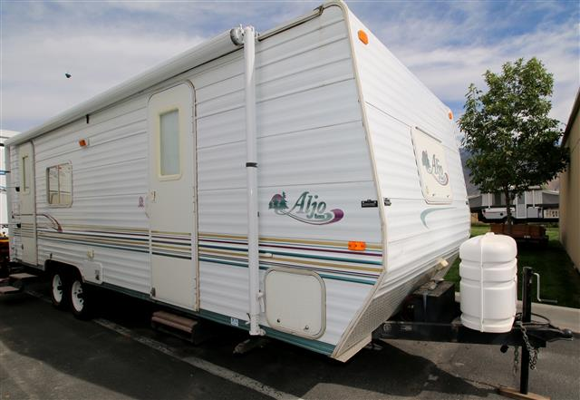 Used 2003 Skyline Aljo 250LT Travel Trailer For Sale