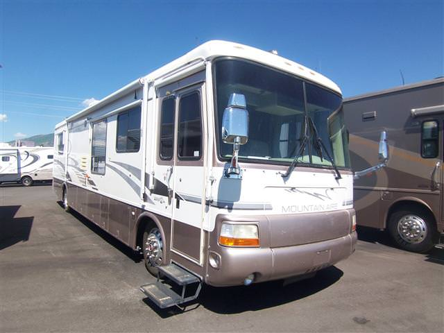 Buy a Used Newmar Mountain Aire in Kaysville, UT.