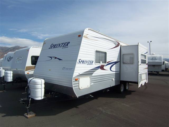 Used2005 Keystone Sprinter Travel Trailer For Sale