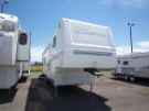 Used 2004 Fleetwood Quantum 305RL Fifth Wheel For Sale