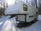 Used 1994 Fleetwood Wilderness 215B FW Fifth Wheel For Sale