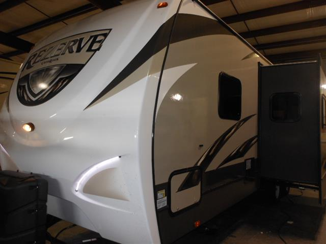 New 2016 Crossroads ZINGER REZERVE 28BH Travel Trailer For Sale