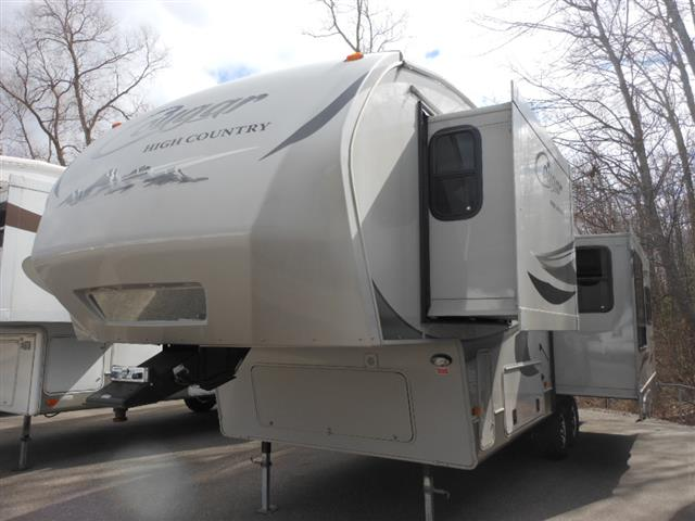 Used 2012 Keystone Cougar 291HC Fifth Wheel For Sale