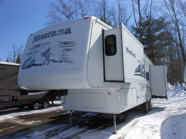 Used 2005 Keystone Montana 3475 Fifth Wheel For Sale