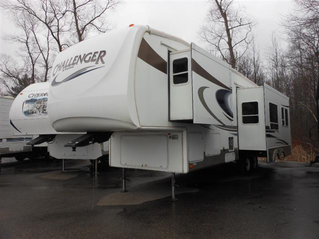 Used 2006 Keystone Challenger 29RLS Fifth Wheel For Sale