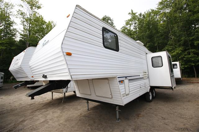 Used 1999 Forest River Salem 24RLS Fifth Wheel For Sale