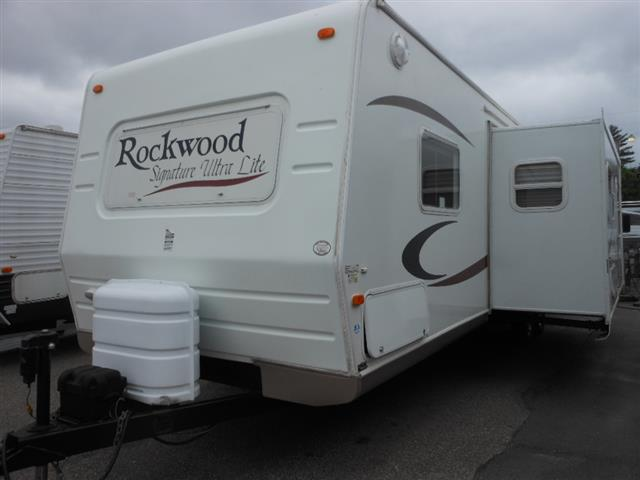 2006 Forest River Rockwood Signature
