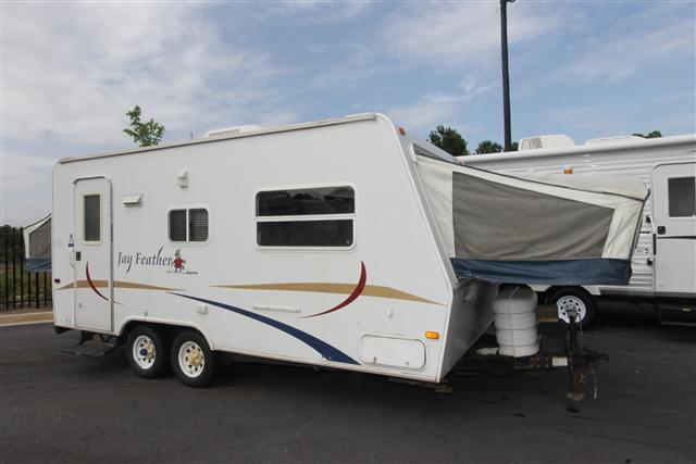 Buy a Used Jayco Jay Feather in Oakwood, GA.