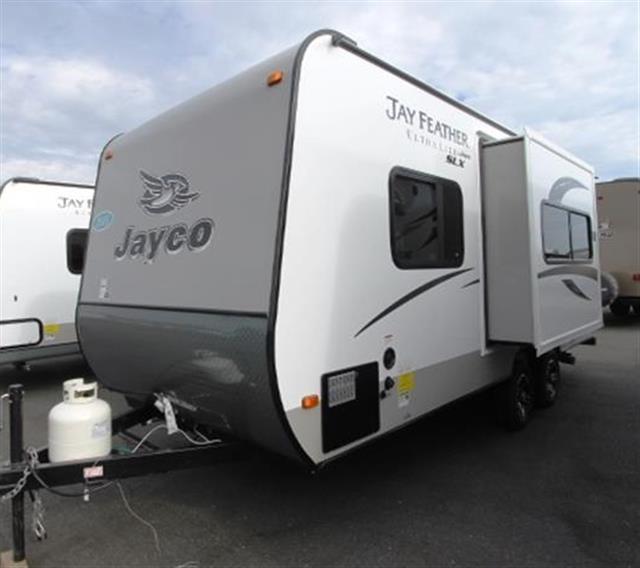 Innovative TX  2012 Jayco Seneca Diesel BUNK HOUSE W2 Slides Used RV For Sale