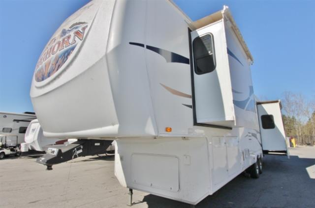 Used 2008 Heartland Bighorn 3370RL Fifth Wheel For Sale