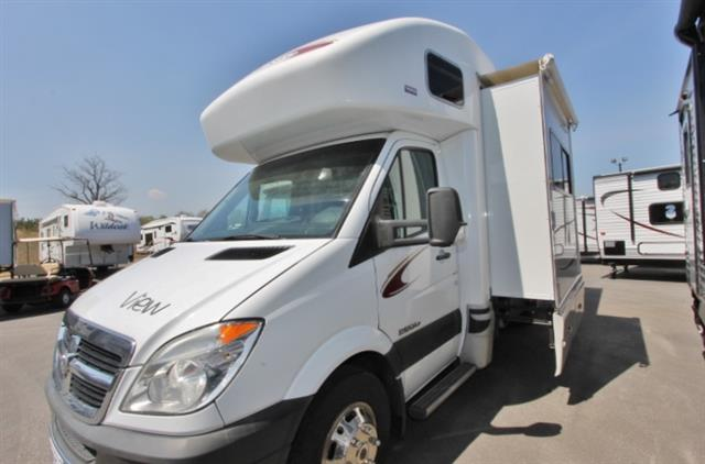 Used 2009 Winnebago View 23H Class B Plus For Sale