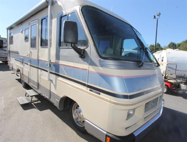 Used 1989 Fleetwood Southwind 28A Class A - Gas For Sale