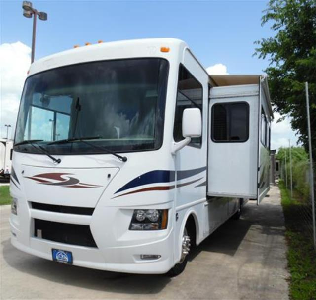 Used 2014 Thor Windsport 32A Class A - Gas For Sale