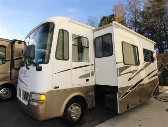 Used 2005 Tiffin Allegro 31DA Class A - Gas For Sale