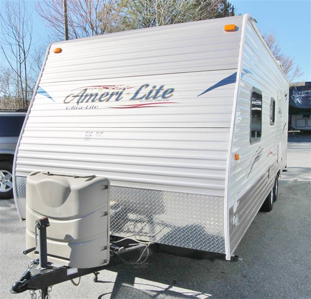 Used 2013 Gulfstream Amerilite 24BH Travel Trailer For Sale
