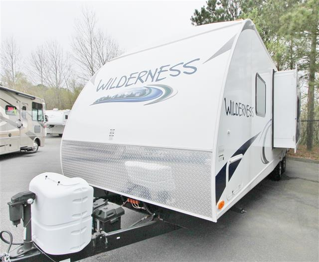 Used 2013 Heartland Wilderness 3150BH Travel Trailer For Sale
