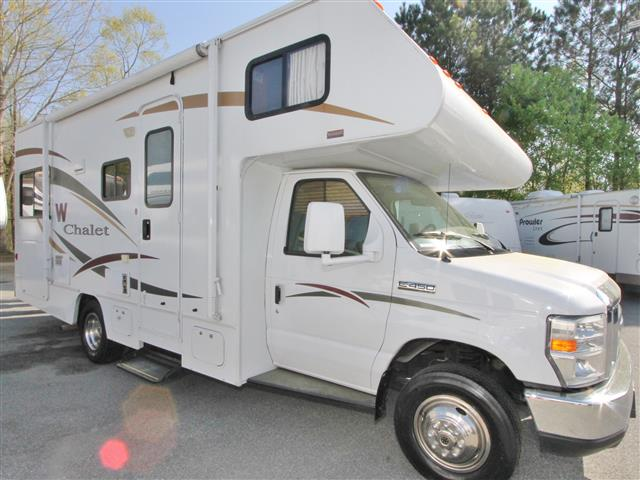 Used 2009 Winnebago Chalet 24VR Class C For Sale