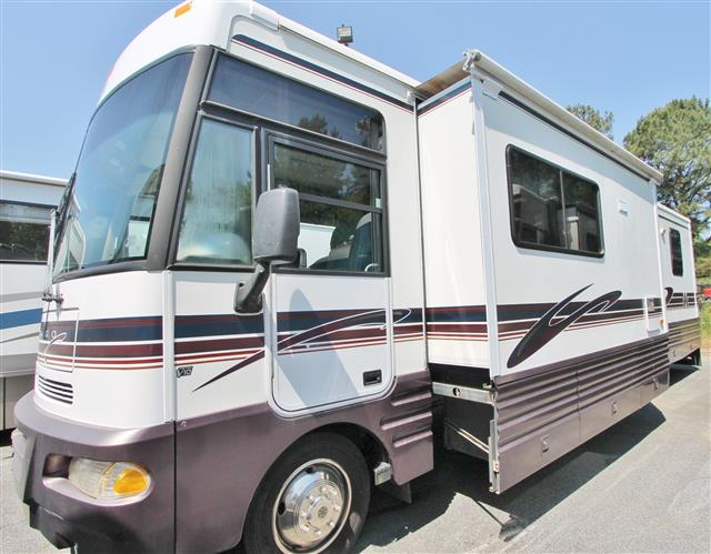 1999 Winnebago Chieftain