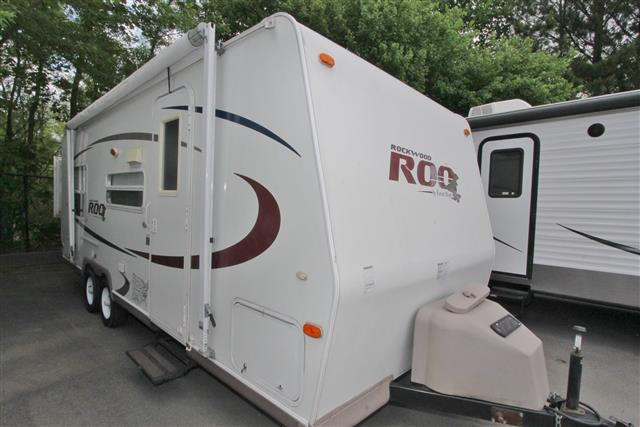 Used 2006 Forest River Rockwood 23RS Travel Trailer For Sale
