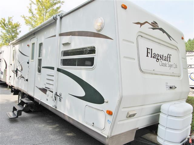 Used 2006 Forest River Flagstaff 829FKSS Travel Trailer For Sale