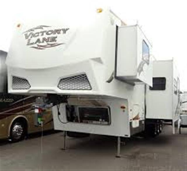 Used 2006 Thor Victory Lane 365RV Fifth Wheel Toyhauler For Sale