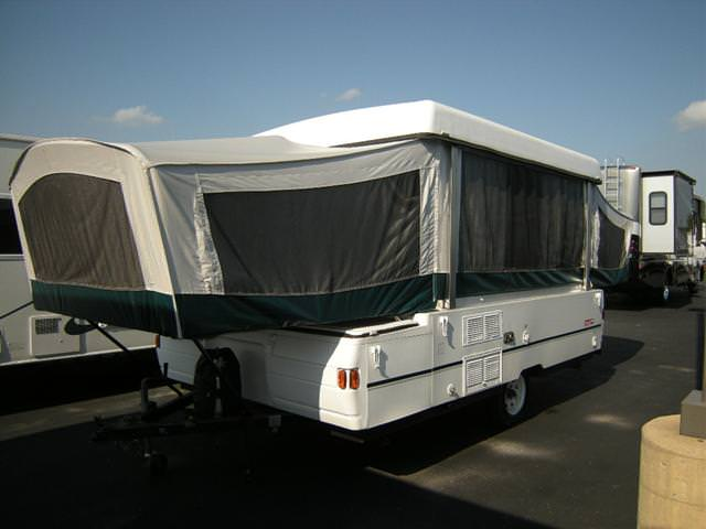 2002 Coleman Cheyenne Pop Up http://www.rvs.com/rvsales/pop-up/1998/coleman-cheyenne/143800/