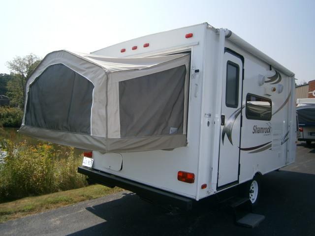 used2011 flagstaff shamrock hybrid travel trailer for sale. Black Bedroom Furniture Sets. Home Design Ideas