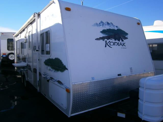 Buy a Used Dutchmen Kodiak in Wauconda, IL.