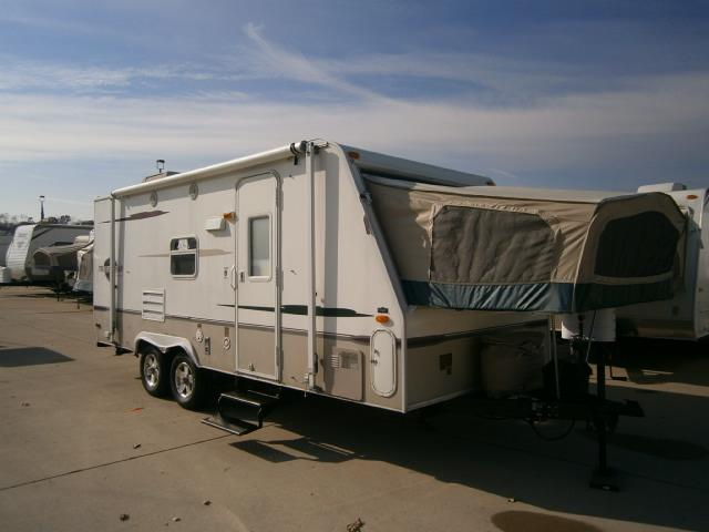 Buy a Used Starcraft Travel Star in Wauconda, IL.