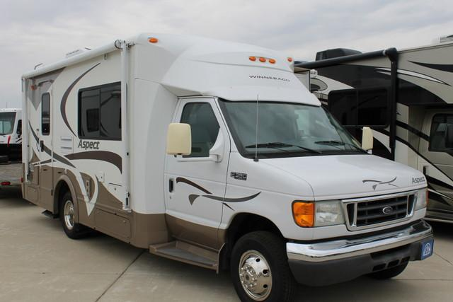 Buy a Used Winnebago Aspect in Wauconda, IL.