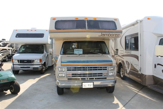 Buy a Used Fleetwood Jamboree in Wauconda, IL.