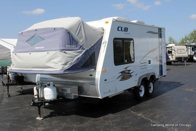 used 2009 dutchmen aerolite cub hybrid travel trailer for sale wauconda il. Black Bedroom Furniture Sets. Home Design Ideas