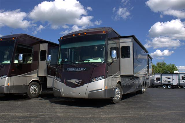 Buy a New Winnebago Journey in Wauconda, IL.