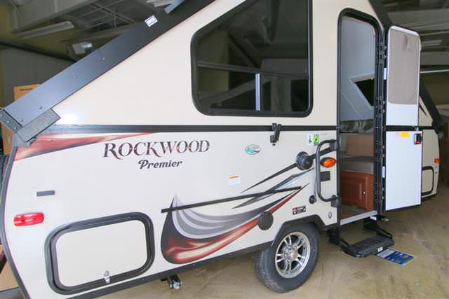 2015 Forest River ROCKWOOD HARDSIDE