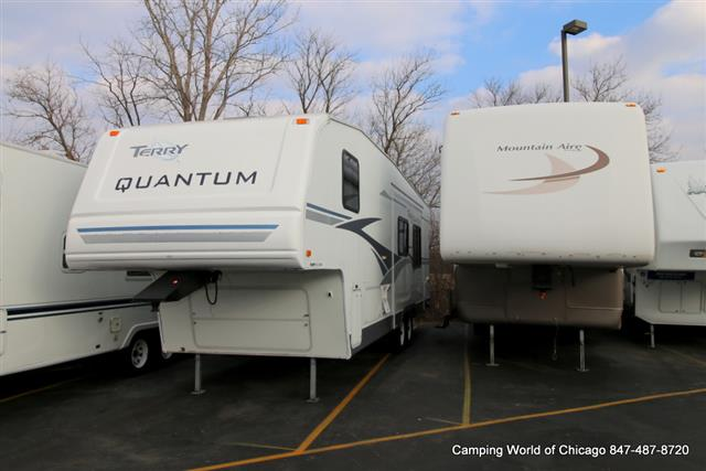 Used 2004 Fleetwood Terry QUANTUM 295BH Fifth Wheel For Sale