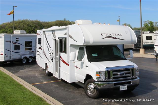 Used 2013 Thor Chateau 31F Class C For Sale