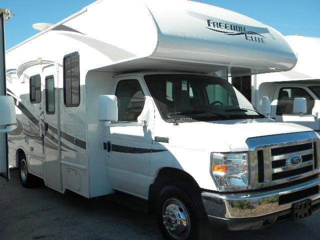 Used 2012 THOR MOTOR COACH Freedom Elite