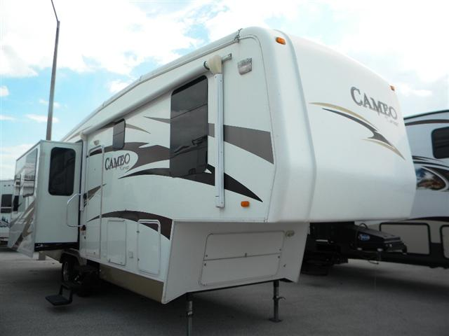 Used 2008 Carriage Cameo 31KS3 Fifth Wheel For Sale