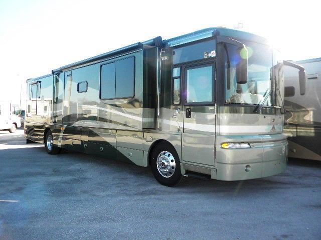 2003 Winnebago Ultimate