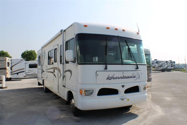 Used 2003 Fourwinds Hurricane 34E Class A - Gas For Sale