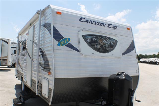 Used 2014 Forest River Palomino 17RDC Travel Trailer For Sale