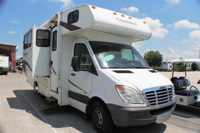 Used 2009 Coachmen Freelander 2100CB Class B Plus For Sale