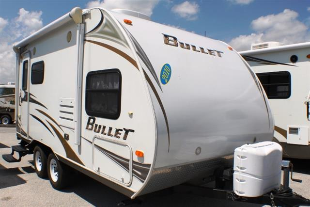 Used 2010 Keystone Bullet 18FBS Travel Trailer For Sale